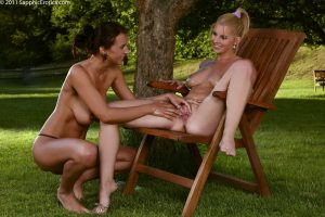 Sapphic Erotica Roxy & Ewe in Garden Glister 8